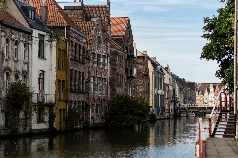 Dutchies Abroad citytrip Gent huisjes aan het water