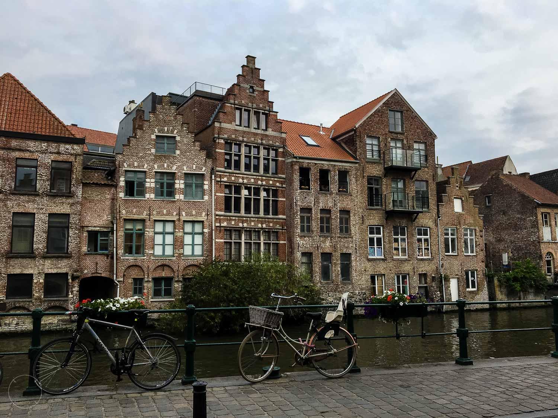 Dutchies Abroad citytrip Gent scheve huisjes