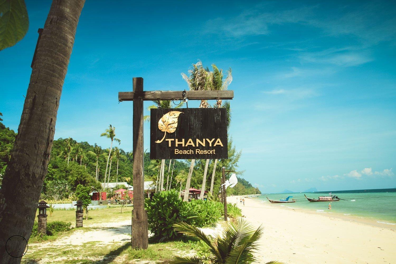 Tanya Beach resort Thailand
