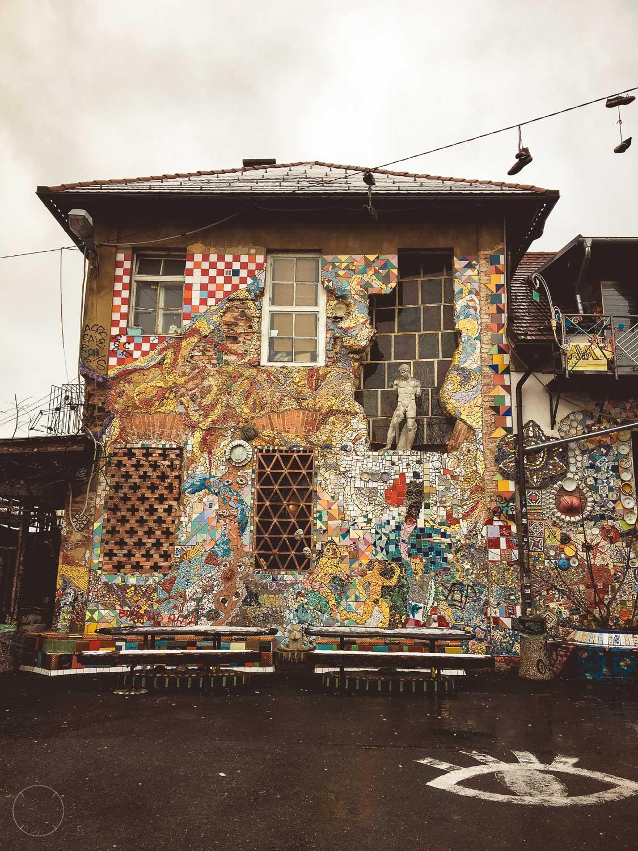 Gedetailleerd huis in Metelkova