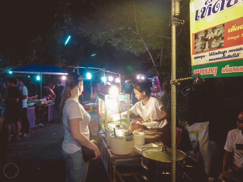 Tips voor je eerste reis naar Thailand streetfood