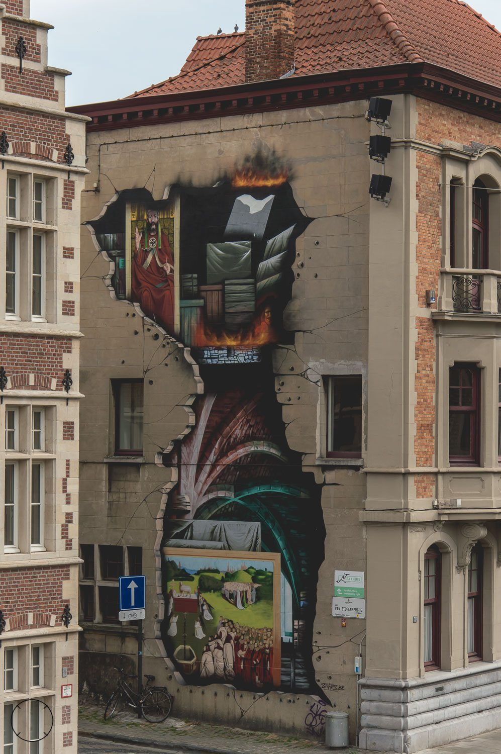 The Lam Gods in the street art route in Ghent