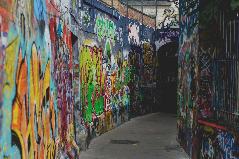 Het graffitistraatje ziet er elke keer anders uit