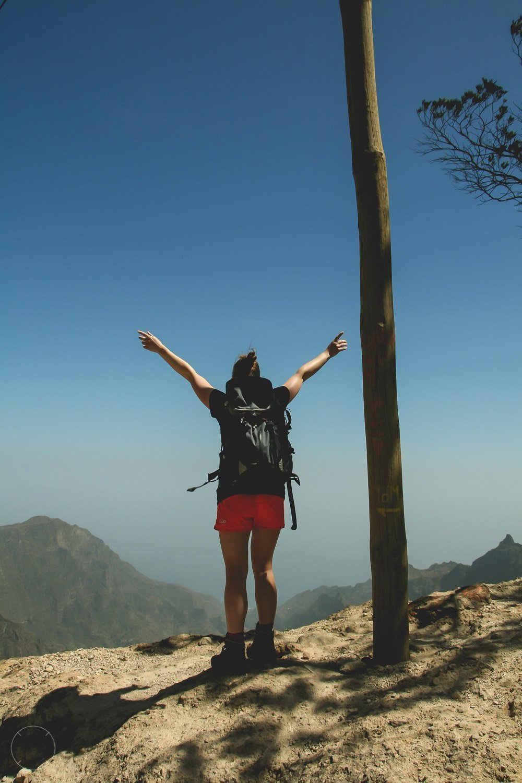 Hiken op Santo Antão bovenop Cova do Paúl