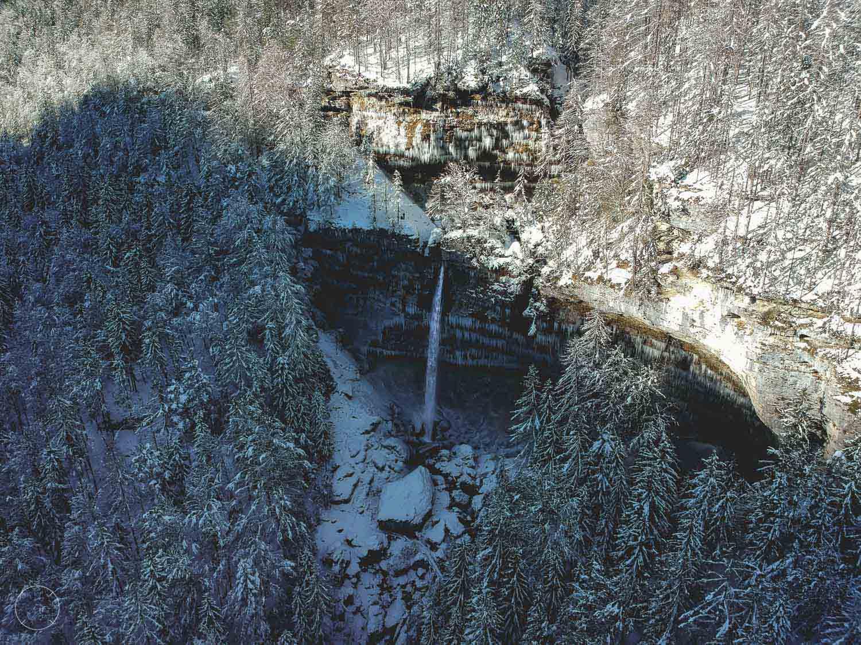 Winter in Slovenië - Peričnik-waterval vanuit de lucht
