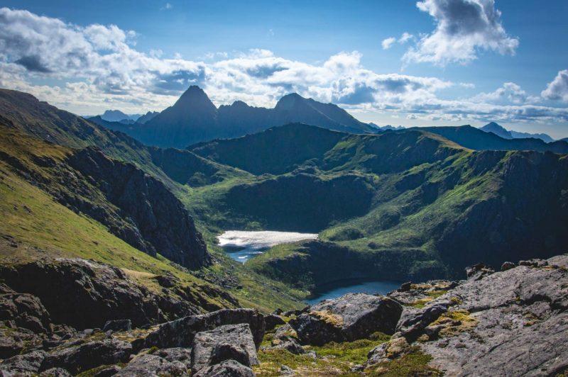 Het spectaculaire uitzicht tijdens de Dronningruta