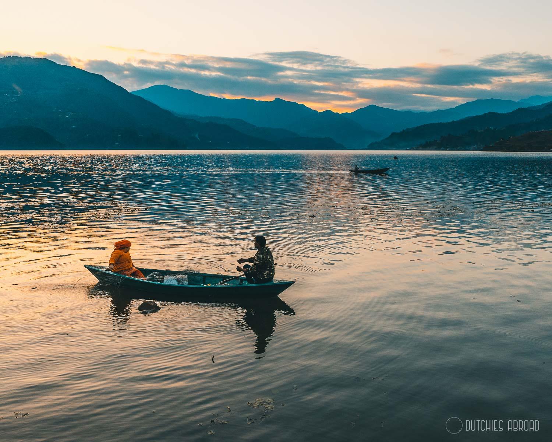 Zonsondergang Phewa Lake
