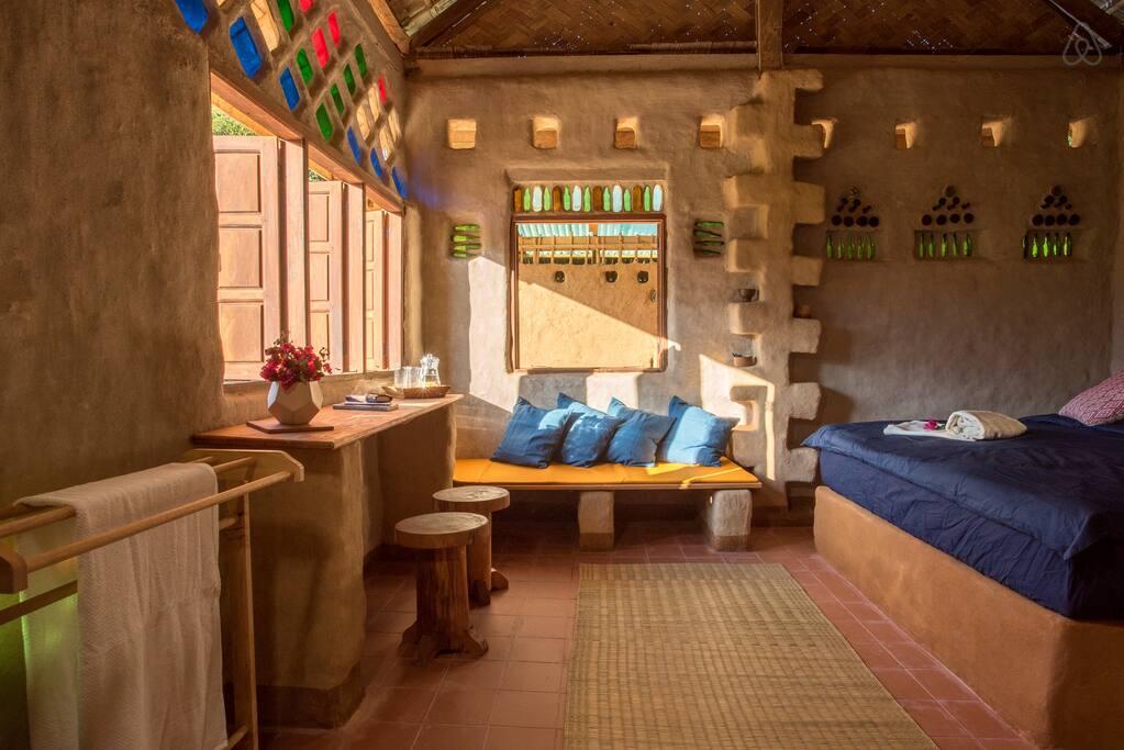 Airbnb luang prabang laos eco-bungalow