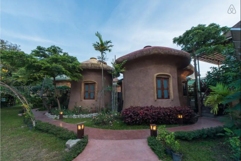 Living in a mushroom in Chiang Mai Airbnb