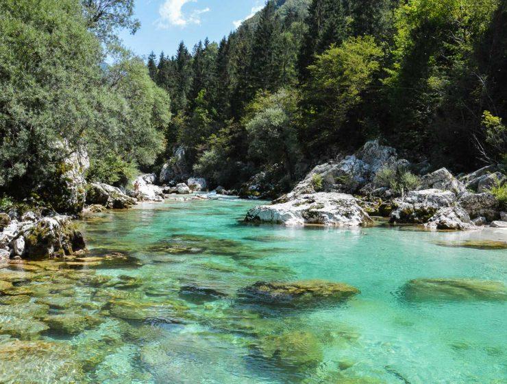 Op vakantie naar Slovenië - de wondermooie Soca rivier zien