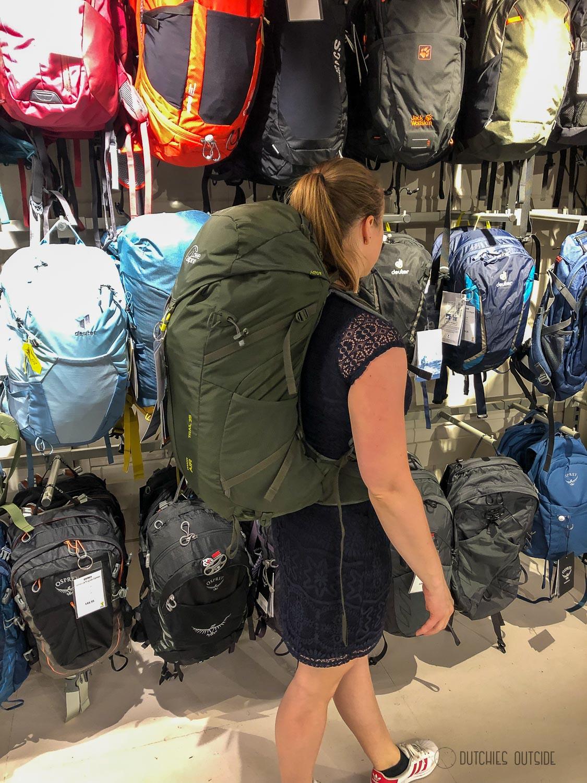 Een hike rugzak kopen - Lowe alpine rugzak passen