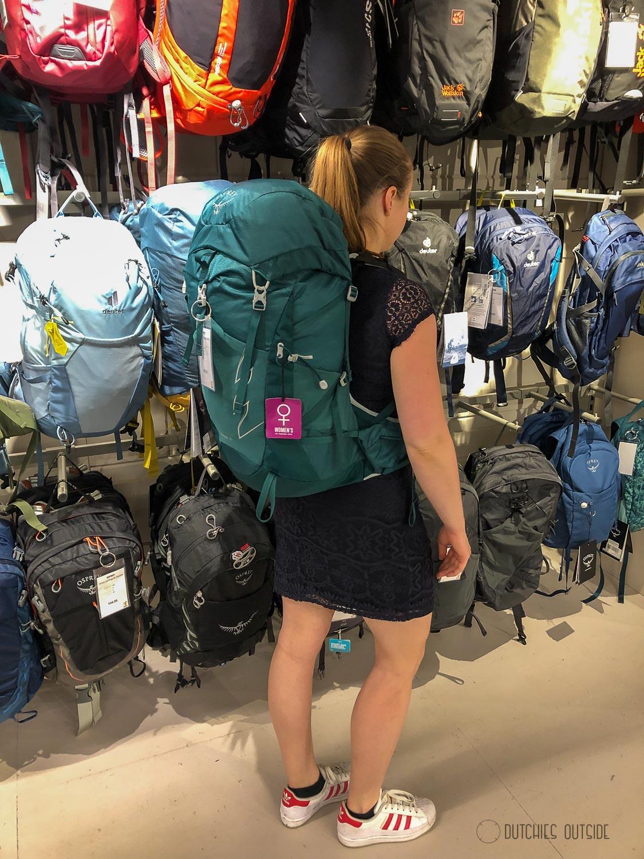Een hike rugzak kopen - Osprey rugzak passen